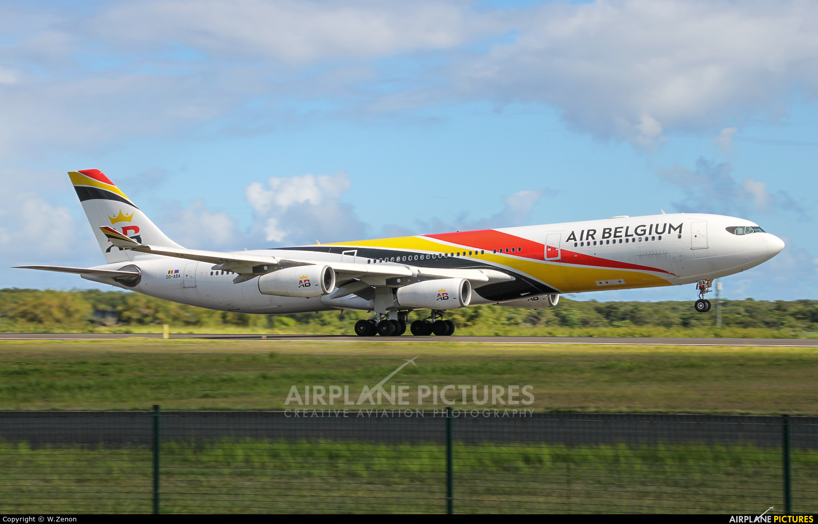 Air Belgium OO-ABA aircraft at Guadeloupe - Pointe-à-Pitre