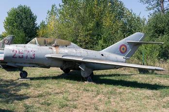 2579 - Romania - Air Force Mikoyan-Gurevich MiG-15 UTI