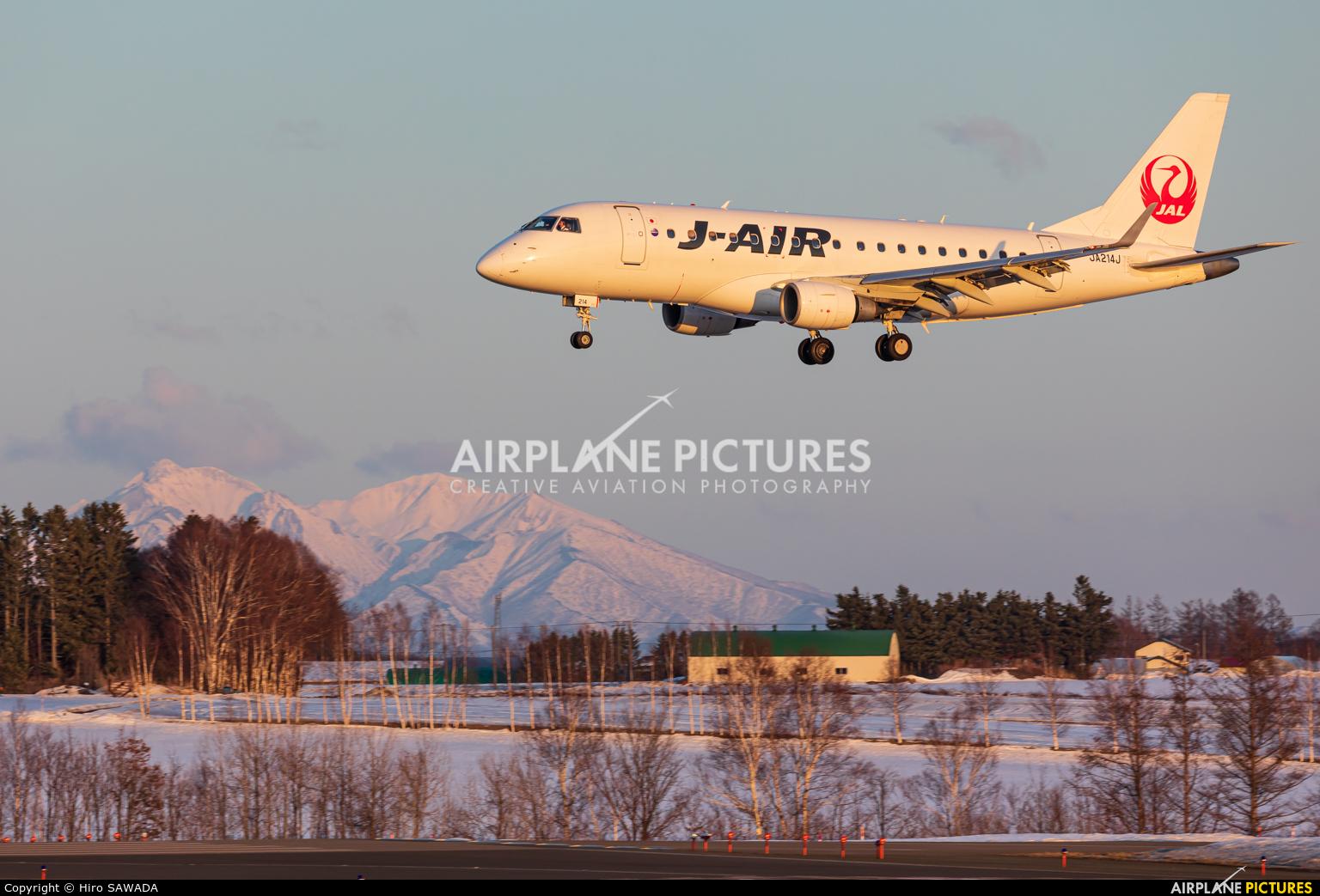 J-Air JA214J aircraft at Memanbetsu