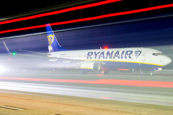 SP-RSS - Ryanair Sun Boeing 737-8AS