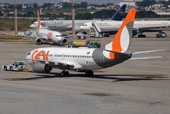 PR-VBI - GOL Transportes Aéreos  Boeing 737-700