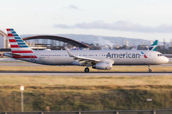 N931AM - American Airlines Airbus A321