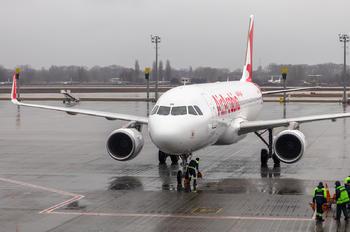 A6-AOV - Air Arabia Airbus A320