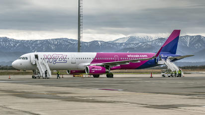 HA-LXM - Wizz Air Airbus A321