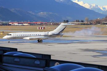 N10HD - Private Bombardier BD-700 Global 6000