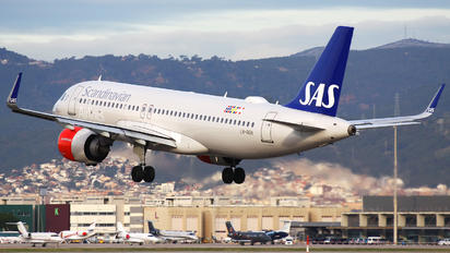 LN-RGN - SAS - Scandinavian Airlines Airbus A320 NEO