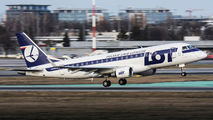LOT - Polish Airlines SP-LIL image