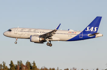 SE-ROX - SAS - Scandinavian Airlines Airbus A320 NEO