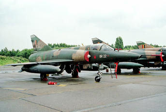 BR-22 - Belgium - Air Force Dassault Mirage V BR