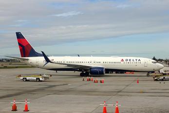 N867DN - Delta Air Lines Boeing 737-900
