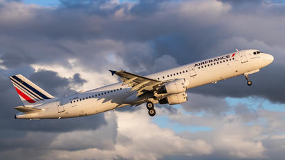 F-GMZD - Air France Airbus A321