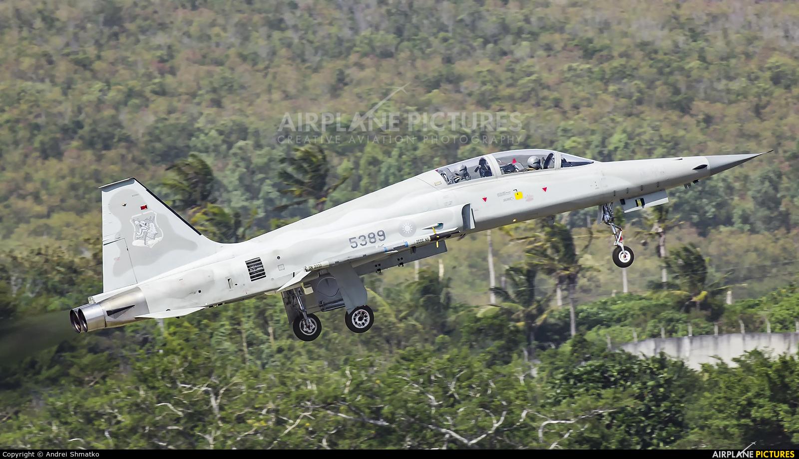 Taiwan - Air Force 83-00115 aircraft at Chihhang/Zhihang AB