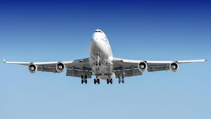 EP-MNB - Mahan Air Boeing 747-400