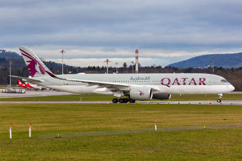 A7-AME - Qatar Airways Airbus A350-900