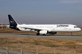 D-AIRK - Lufthansa Airbus A321