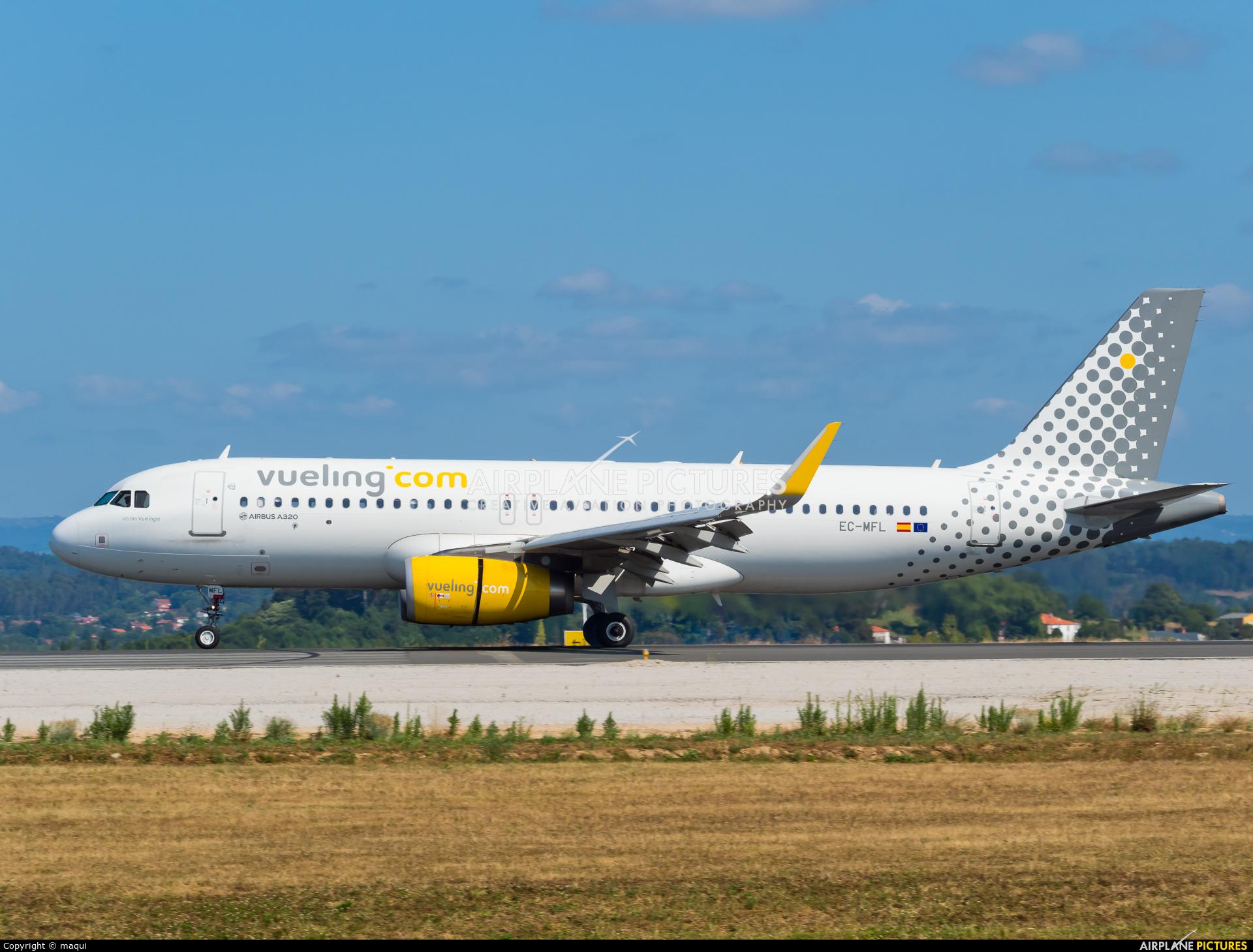 Vueling Airlines EC-MFL aircraft at La Coruña