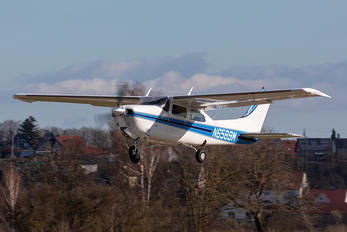 N6589M - Private Cessna 210 Centurion