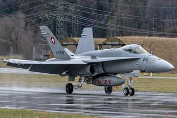 J-5010 - Switzerland - Air Force McDonnell Douglas F/A-18C Hornet