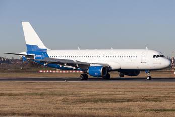 EK32008 - FlyOne Airbus A320