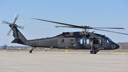 1301 - Poland - Air Force Sikorsky S-70I Blackhawk