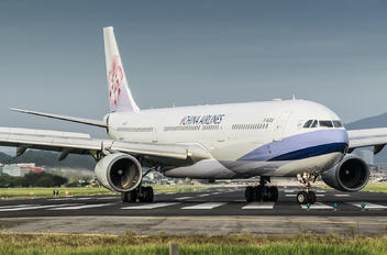B-18309 - China Airlines Airbus A330-300