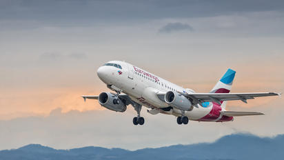 D-AGWY - Eurowings Airbus A319