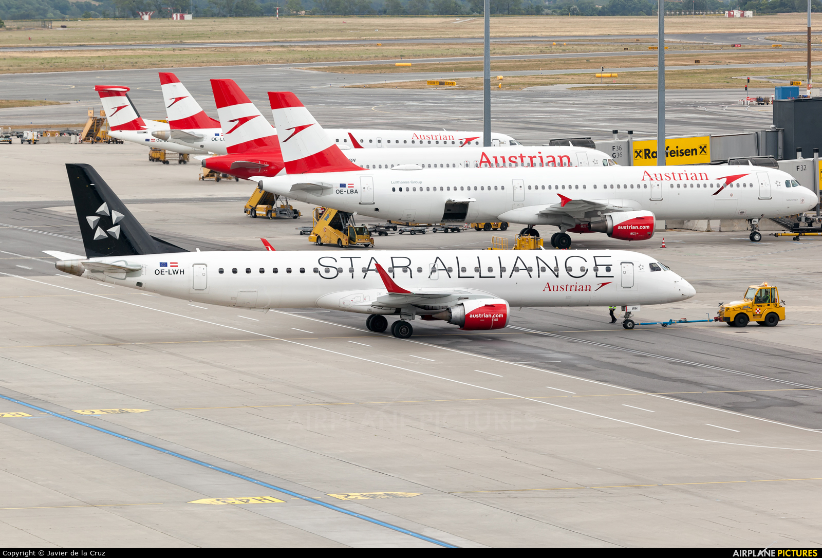 Austrian Airlines/Arrows/Tyrolean OE-LWH aircraft at Vienna - Schwechat