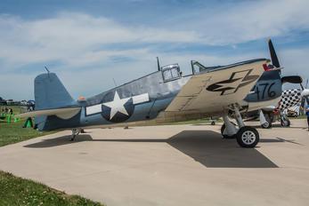 NX41476 - Private Grumman F6F Hellcat