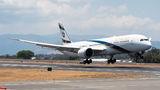 El Al Boeing 787 at San Jose