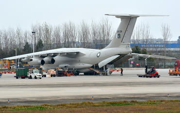 R11-004 - Pakistan - Air Force Ilyushin Il-78