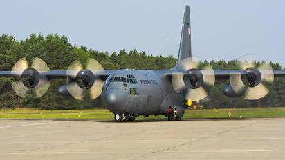 1503 - Poland - Air Force Lockheed C-130E Hercules