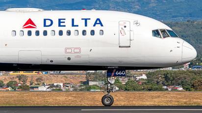 N660DL - Delta Air Lines Boeing 757-200
