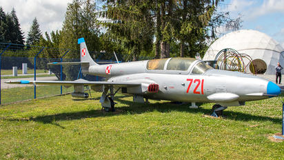 721 - Poland - Air Force PZL TS-11 Iskra