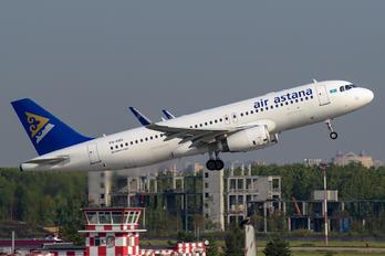 P4-KBG - Air Astana Airbus A321