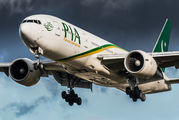 PIA - Pakistan International Airlines Boeing 777-200ER AP-BGK aircraft