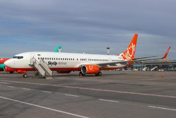 UR-SQK - SkyUp Airlines Boeing 737-900