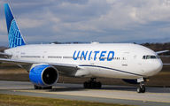 N77006 - United Airlines Boeing 777-200ER aircraft