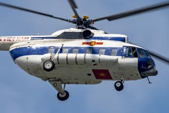 92102 - Vietnam - Air Force Mil Mi-8PS