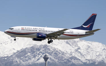 EP-SIJ - Saha Air Boeing 737-300