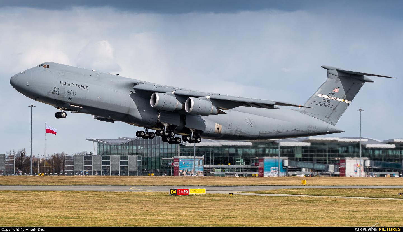 USA - Air Force 87-0029 aircraft at Wrocław - Copernicus