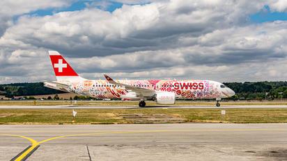 HB-JCA - Swiss Bombardier CS300