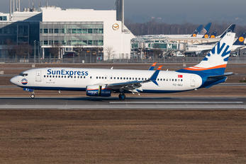 TC-SEJ - SunExpress Boeing 737-800