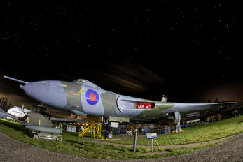 XM575 - Royal Air Force Avro 698 Vulcan B.1