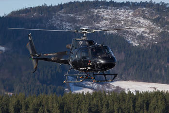 SE-JSF - HeliAir Sweden Eurocopter AS350B3