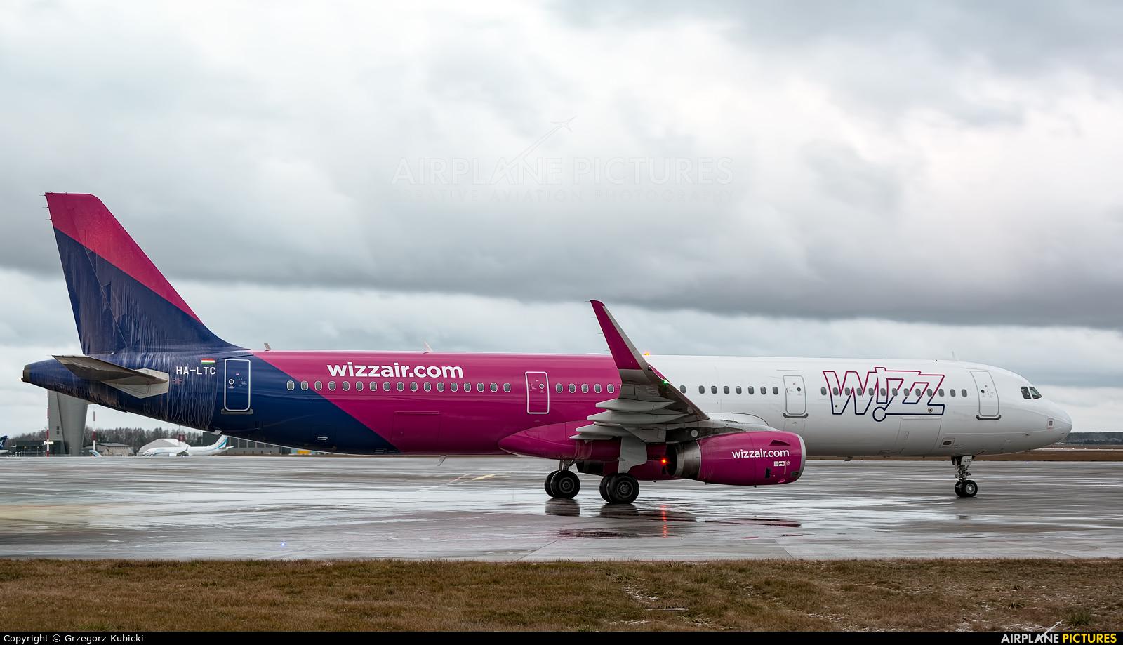 Wizz Air HA-LTC aircraft at Katowice - Pyrzowice