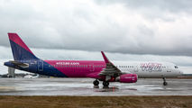 HA-LTC - Wizz Air Airbus A321 aircraft