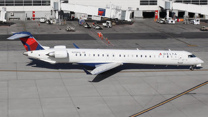 N315PQ - Delta Connection Canadair CL-600 CRJ-900