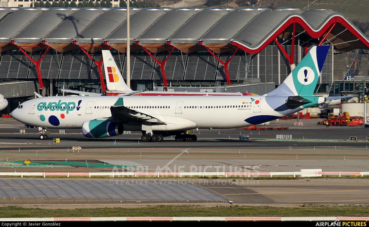Evelop EC-MII aircraft at Madrid - Barajas