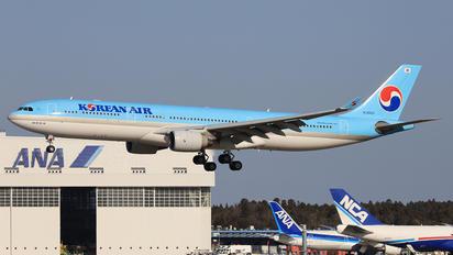 HL8002 - Korean Air Airbus A330-300