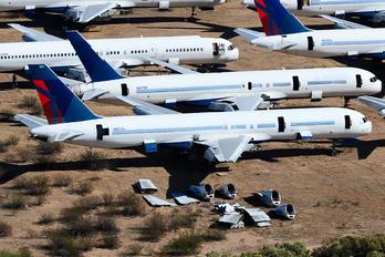 N657DL - Delta Air Lines Boeing 757-200